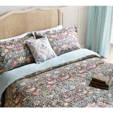 luxury patterned bedding