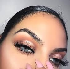 rose gold smokey eye makeup blue eyes min