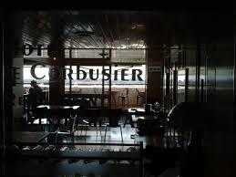Parenthèse Temporelle à La Cité Radieuse Le Corbusier Pincée De