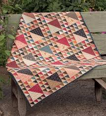 One-block quilts: anything but boring! 57 examples ahead (+ ... & Lady of the Lake quilt Adamdwight.com