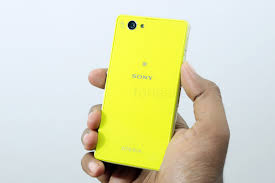 Sony Xperia Z1 Compact officially ...