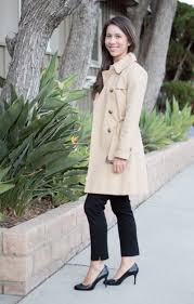 petite fashion petite style trench coat wardrobe essential review banana republic burdy trench