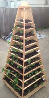 vertical pyramid planter vertical strawberry pyramid