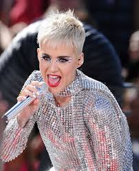 Katy Perry s googly eye makeup look is damn genius