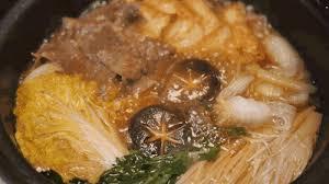 日式寿喜烧和中国火锅到底有什么不同嘛? 牛肉 火锅 食材_新浪新闻