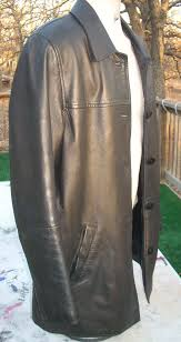 i received my wife s leather jacket yesterday and it is absolutely outstanding you are amazing i showed others in the office the jacket and they could