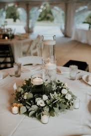 minimalist and budget friendly wedding at oatlands historic house inside centerpieces for round tables prepare 1