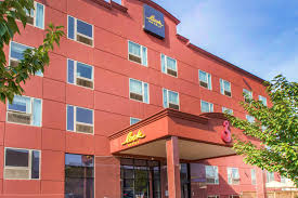 an exciting choice for visitors to new york city hotel bliss in brooklyn weles the discerning traveler who harbor motor inn is one of the best brooklyn