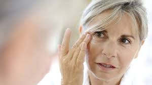 15 makeup tips for women over 50