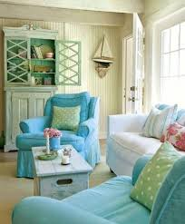 12 Small Coastal Beach Theme Living Room Ideas with Great Style: http://