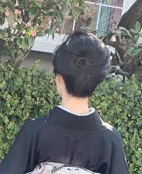 卒業式で着物を着た母親を画像付きで紹介着物のコーディネートや髪型は