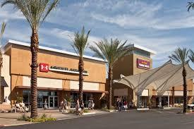 Designer Mall In Las Vegas Five Restaurants To Try Near The Las Vegas South Premium
