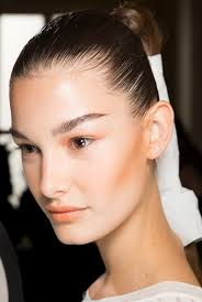beauty news see the chic ponytails and natural makeup on balmain s spring 2016 runway