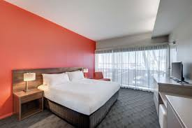 Airport Bed Hotel Travelodge Hotels Hobart Airport Best Rates Free Wifi