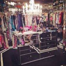 Amazing Paris Hilton Bedroom Photo   10