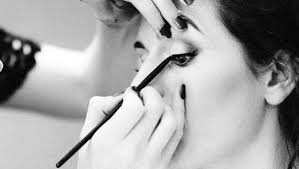 how to apply eye makeup these handy tips and tricks will surely help you