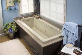 deep bathtubs with jets