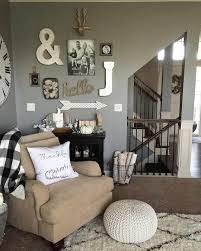 charming rustic living room wall decor ideas