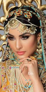 best 25 indian bridal makeup queens ideas indian queen makeup sonam kapoor without makeup and sonam actress