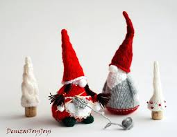 Christmas Gnome Pattern Simple Inspiration