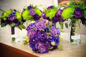 Purple and green wedding colors Lilac Our Favorite Wedding Trends For 2017 Mywedstyle Our Favorite Wedding Trends For 2017 Mywedstylecom
