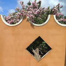 quinta garden wall designed by