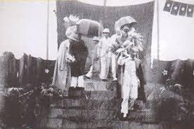 Image result for Tháng 6 năm 1946 Hồ Chí Minhsang Pháp dự hội nghị Fontainebleau.