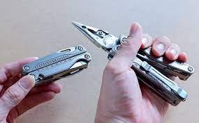 Trên tay dụng cụ đa năng Leatherman Charge+ TTi: bằng titanium rất đẹp, 19  chức năng hữu dụng