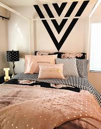 Pink And Black Girls Bedroom Girls Room Black Gold And Pink Black Paint Feature Wall Black