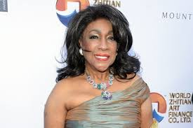 Performing with the same passion as she did singing with the original supremes as well as with her solo career, the world renowned performer is. Ccj7kjq Tiil7m
