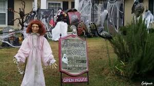 scary outdoor halloween decorations youtube halloween
