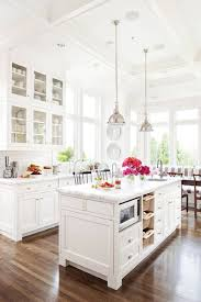 Bright Kitchen The White And Bright Kitchen The Chriselle Factor