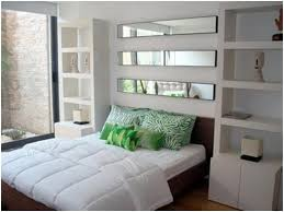 decorating bedroom walls with mirrors