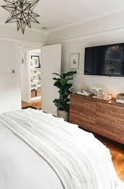 Minimalist Master Bedroom Ideas (57)