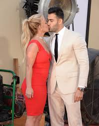 The actor spoke out about the singer after new york times' documentary framing britney spears raised questions about her conservatorship. Who Is Britney Spears Boyfriend Sam Asghari And How Old Is He