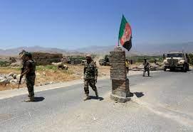 أفغانستان.. مقتل المئات من عناصر طالبان والحركة تسيطر على مدينة استراتيجية