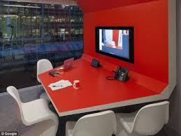 futuristic office ditches cubicles super. G20 500x377 Googles New, Futuristic London Engineering Floor Office Ditches Cubicles Super