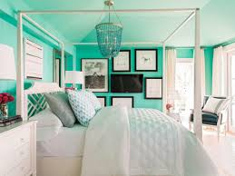 Small Televisions For Bedrooms Decorating Tricks To Disguise Or Highlight The Tv The