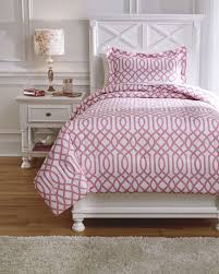 girls bedding it s safe to say that your child s bedroom is the one place they can call their own and as they most teens will want to create a