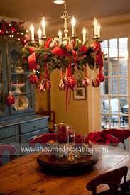 Awesome Ornamented Christmas Chandeliers For Unforgettable Family Moments   Christmas Party DecorationsDiy ...