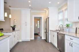 White Cabinets In Kitchens White Shaker Kitchen Cabinets Find The Best Shaker Kitchen