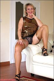 Plump matures in nylons