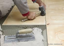 Osb platten lassen sich einfach ineinander stecken. Bodenbelag Gartenhaus Arten Anwendung Und Pflegetipps