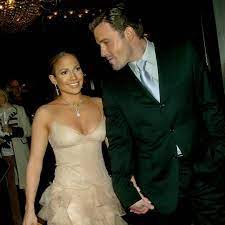 For more about jennifer lopez and ben affleck, pick up the latest issue of people , on newsstands friday. Why Jennifer Lopez And Ben Affleck Dating In 2002 Was Such A Huge Deal E Online Deutschland