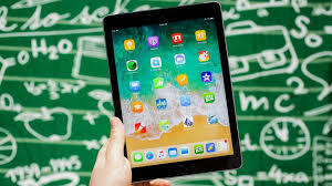 <b>Apple iPad</b> 2018 review: The <b>iPad</b> for everyone - CNET
