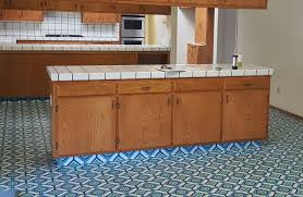 picture of how to remove or demolish old tile counter tops