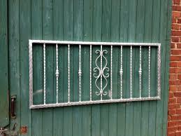Fenstergitter Als Einbruchschutz Individuelle Anfertigung Auf Maß