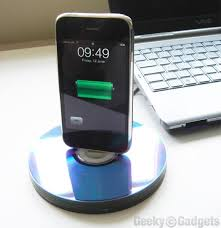 this is a great diy phone dock idea for crafty guys and gals who love to recycle using a stack of cds glue and your charger you will be able to make