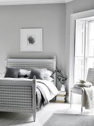 Schlafzimmer In Grau Weiß Stuhl Dielenboden Landh