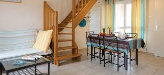 2 Bedroom Apartment With A Mezzanine, A Terrace And Sea Views (sleeps 5) U2013  Holiday Apartment Rentals   La Gabinière